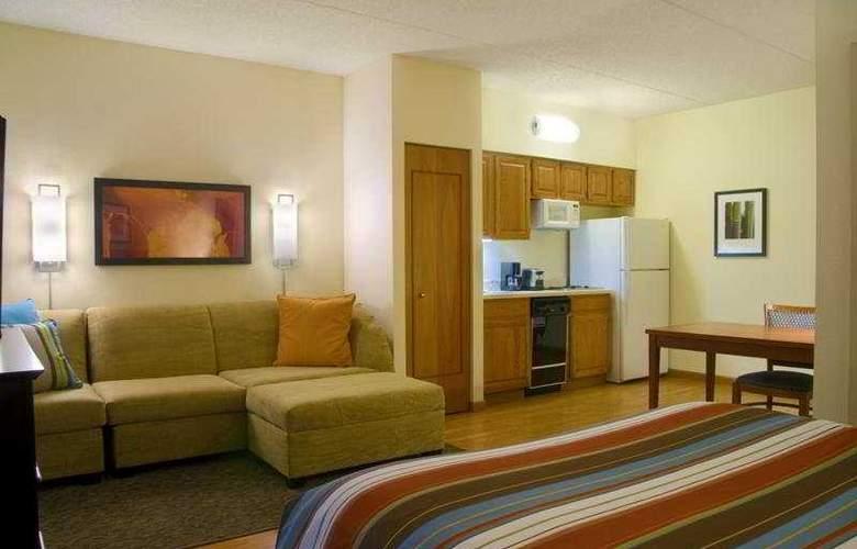 Hyatt Hotel - Room - 3