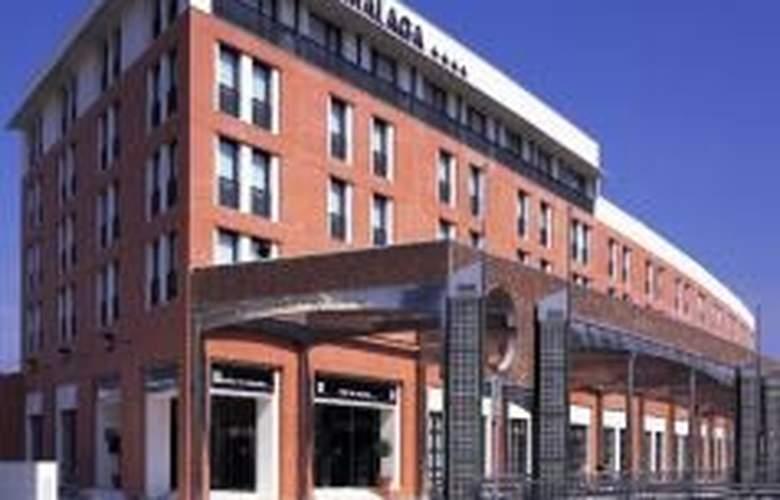 NH Malaga - Hotel - 0