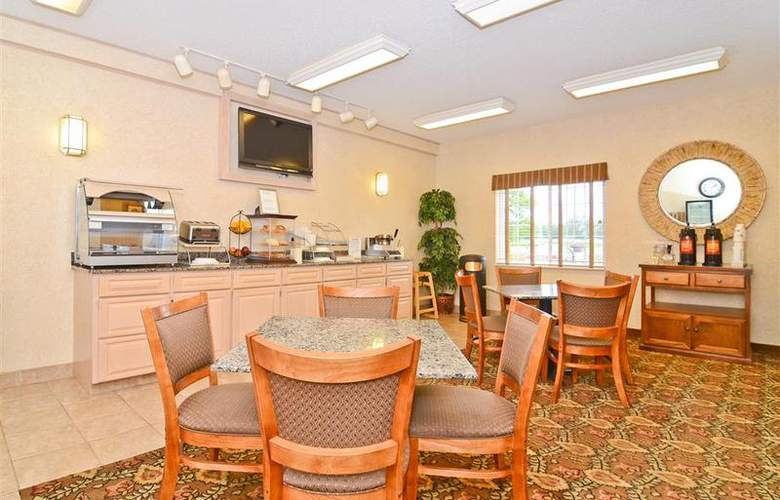 Best Western Plus Macomb Inn - Restaurant - 84
