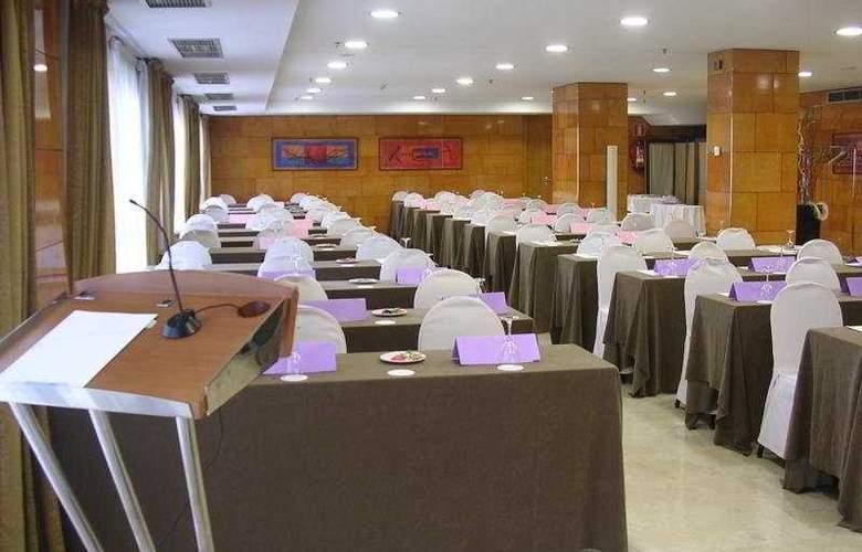 NH Ciudad de Zaragoza - Conference - 4