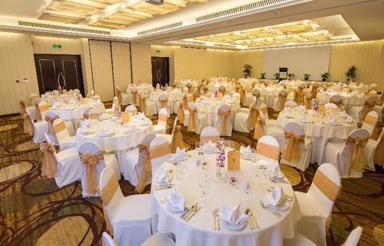 Saigon Prince - Conference - 35