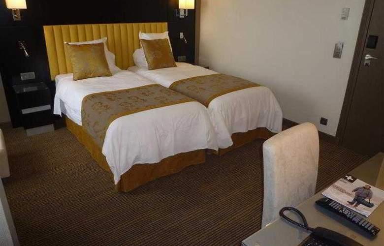 BEST WESTERN SEVRES MONTPARNASSE - Hotel - 6