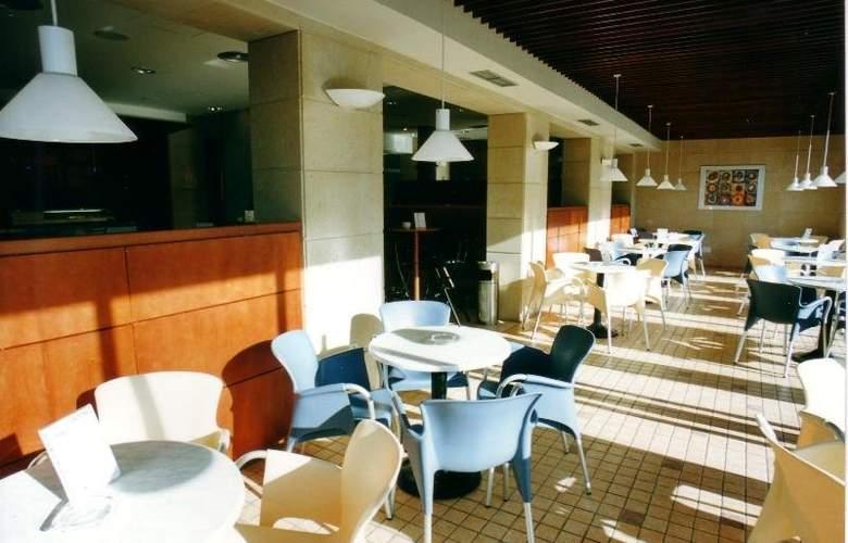 Sarga Sentirgalicia Apartmentos - Restaurant - 10