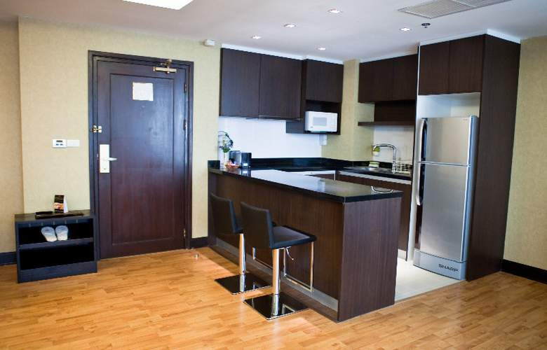Rembrandt Towers Serviced Apartment - Room - 4