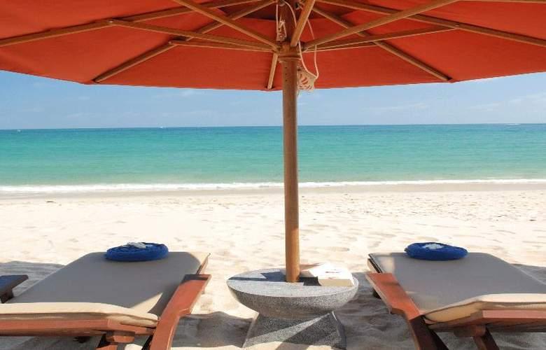 Weekender Resort - Beach - 29