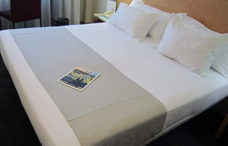 Silken St. Gervasi - Room - 11