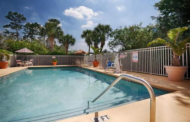 Best Western Universal Inn - Pool - 58