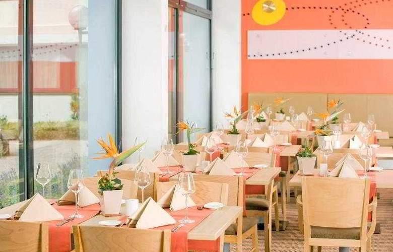 Park Inn by Radisson Mannheim - Restaurant - 9
