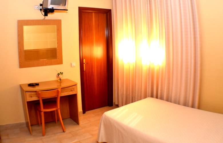 Vivar - Room - 7
