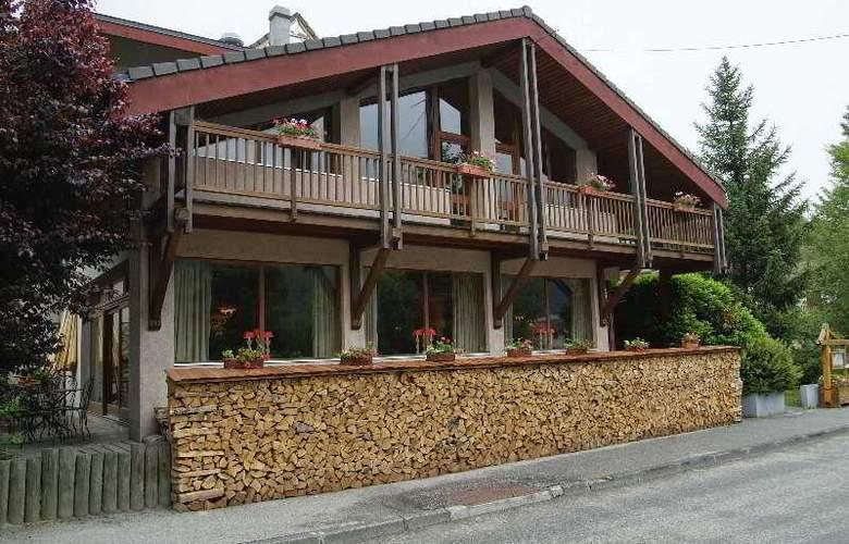 Homtel La Tourmaline - Hotel - 11