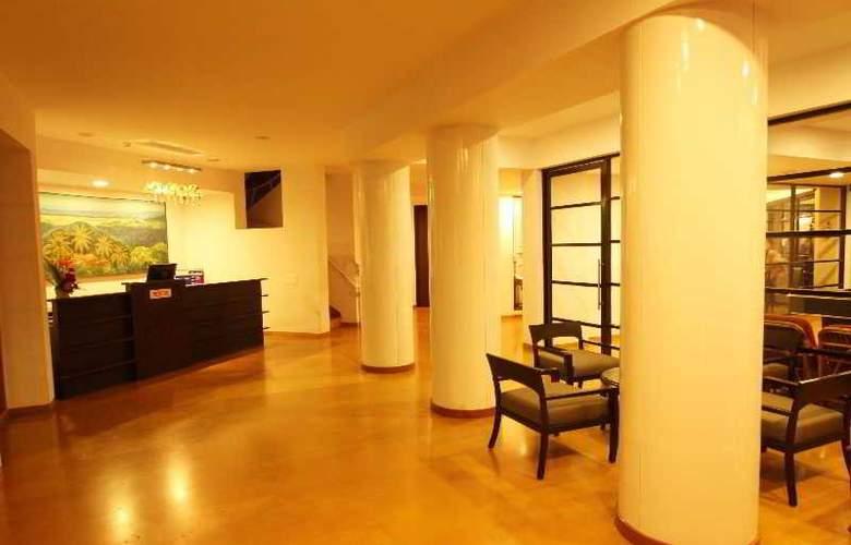 Whispering Palms Beach Resort - General - 7