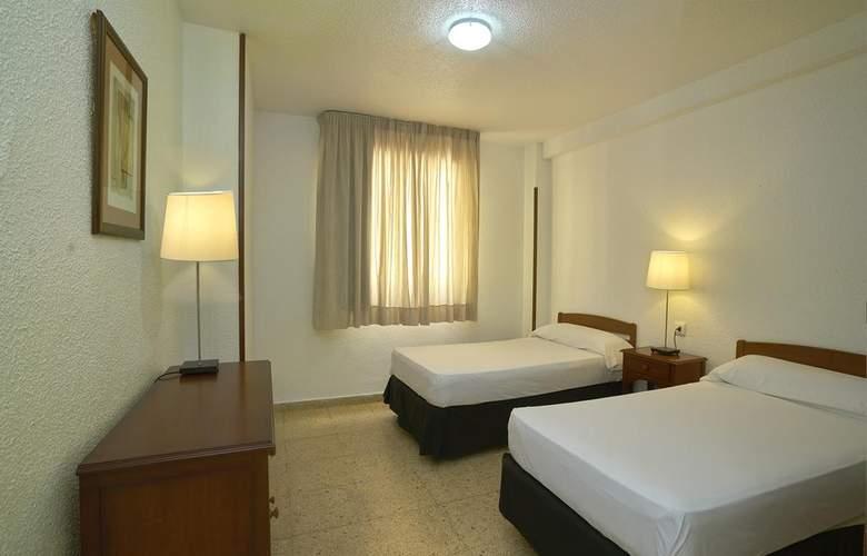 Apartamentos Maja - Room - 4