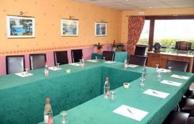 Comfort Hotel Cergy Pontoise - Conference - 4