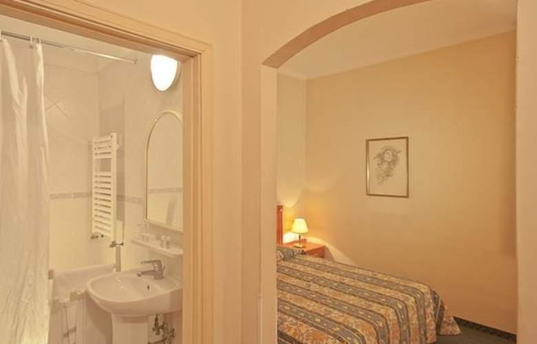 Gioia - Hotel - 4