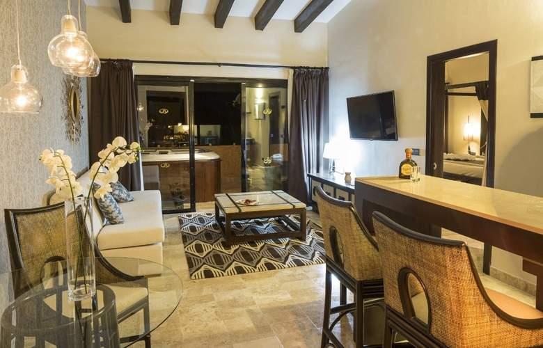 Grand Palladium Colonial Resort & Spa - Room - 16