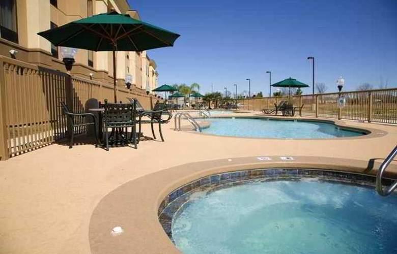 Hampton Inn & Suites Baton Rouge - I-10 East - Hotel - 2