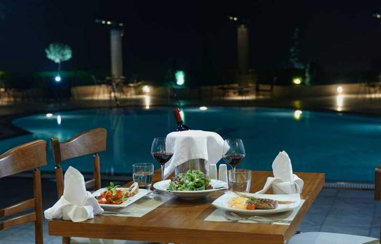 Royal - Restaurant - 14
