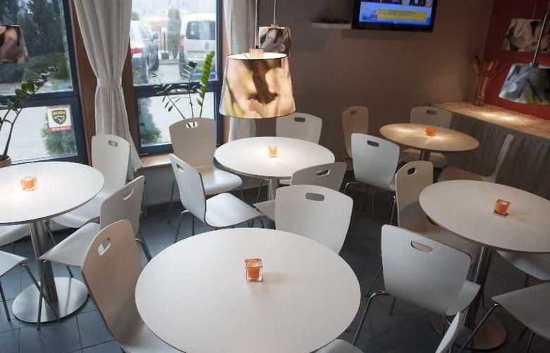 Panorama Hotel - Restaurant - 25