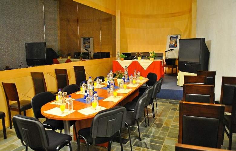 Arahova Inn - Conference - 28