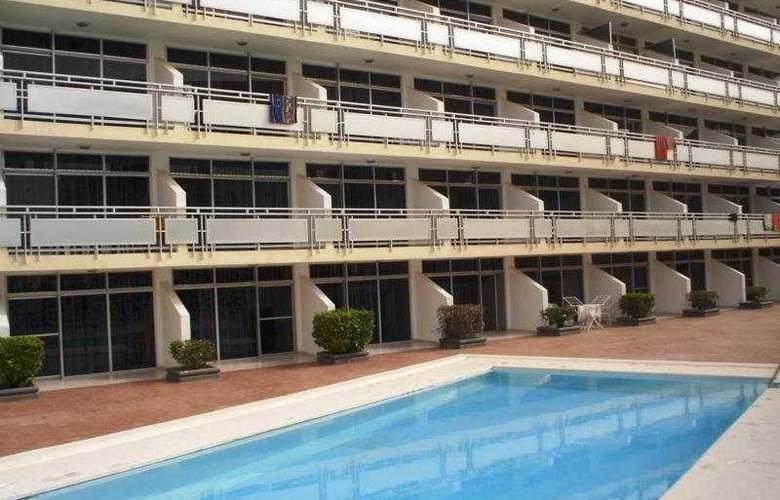 Strelitzias - Hotel - 0