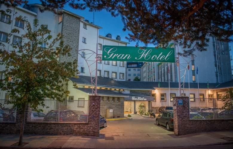 Gran Hotel Jaca - Hotel - 6