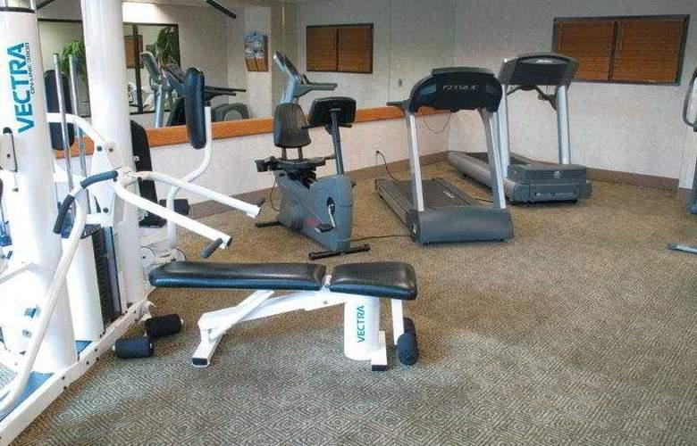 La Quinta Inn & Suites Garden City - Sport - 8
