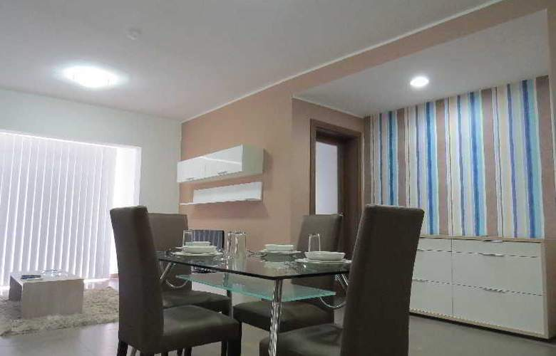 115 The Strand Suites - Room - 18