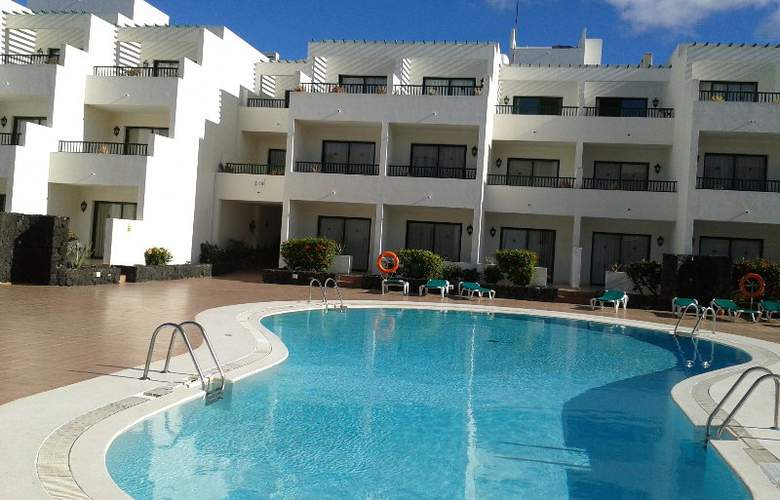Galeon Playa - Pool - 1