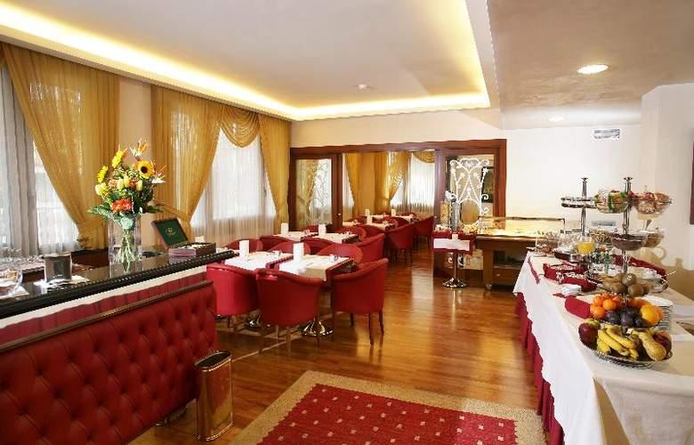 iH Hotels Admiral - Restaurant - 3