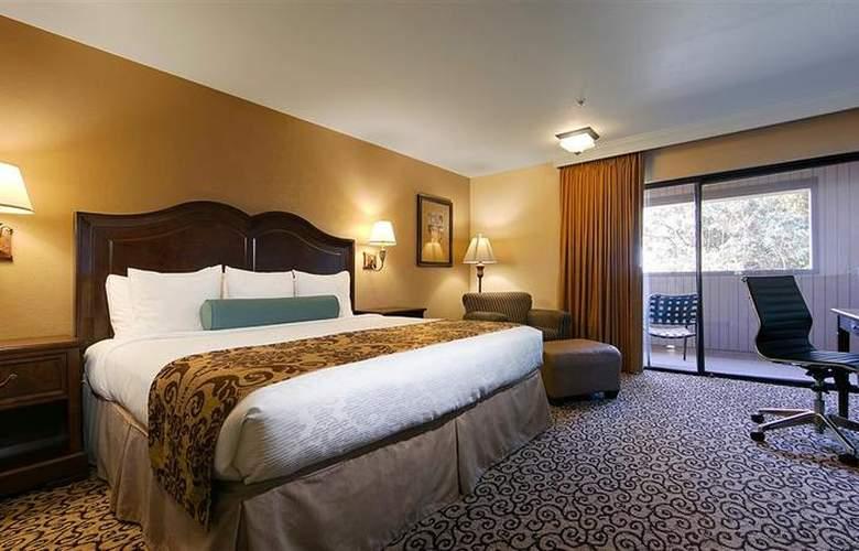 Best Western Plus Inn At The Vines - Hotel - 2