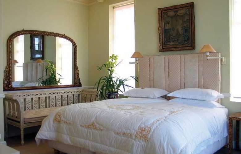Colona Castle - Room - 7