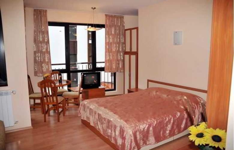 Tes Flora Apartments - Room - 2