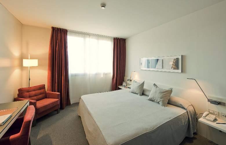 Amister Art Barcelona Sercotel - Room - 21