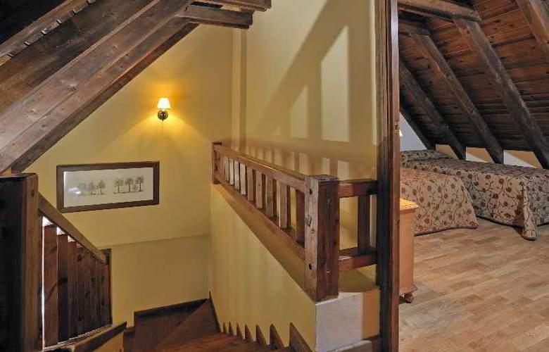 Apartamentos Blanheu - Room - 13