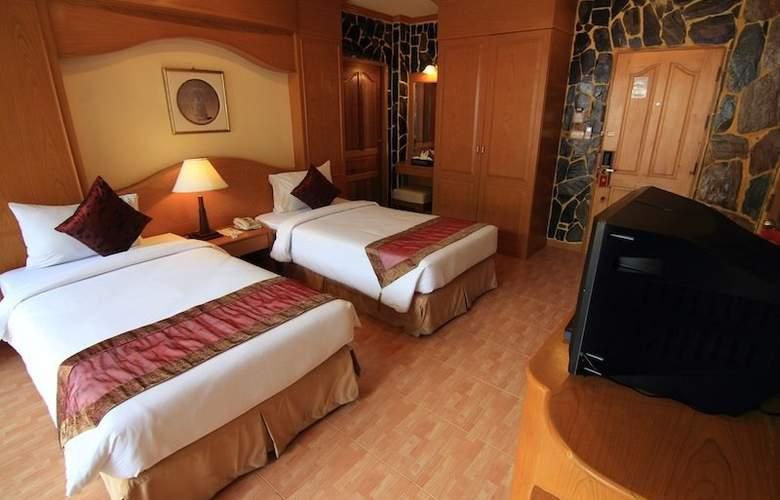 Chang Residence - Room - 6