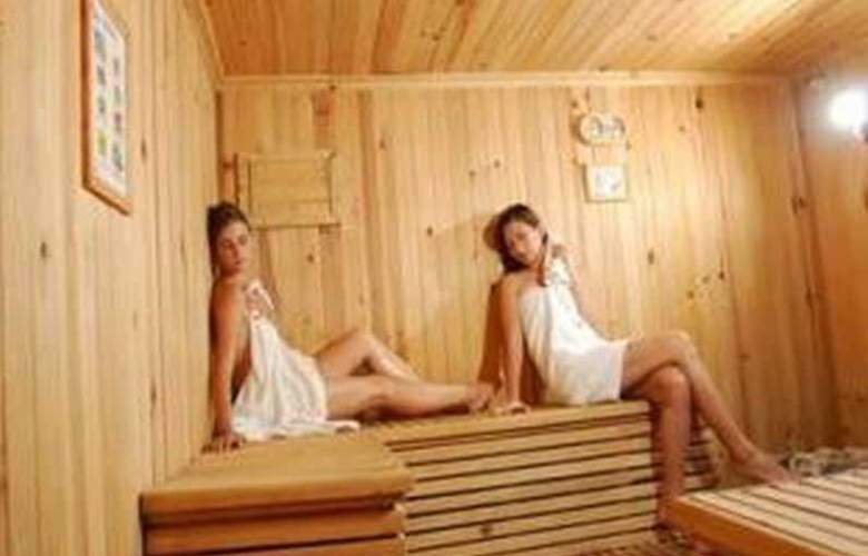 Holiday Spa Hotel - Sport - 10