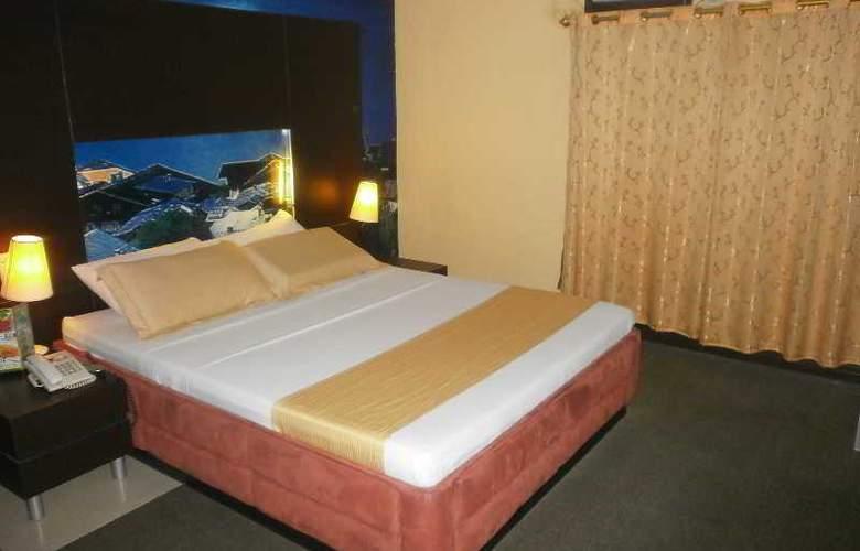 Eurotel Hote Naga - Room - 11