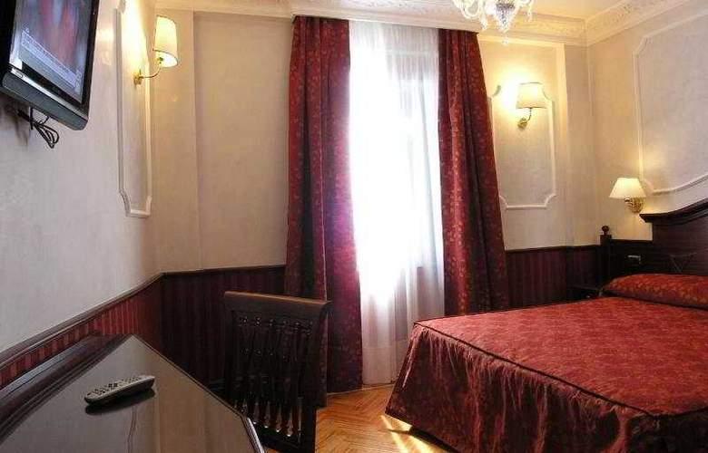 Best Roma - Room - 5