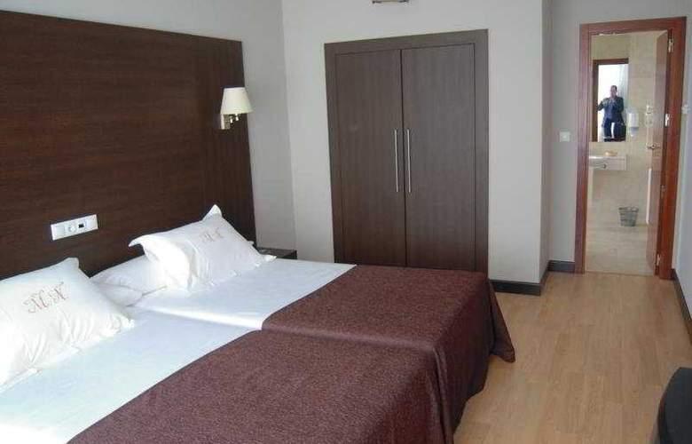 Mendez Nuñez - Room - 6