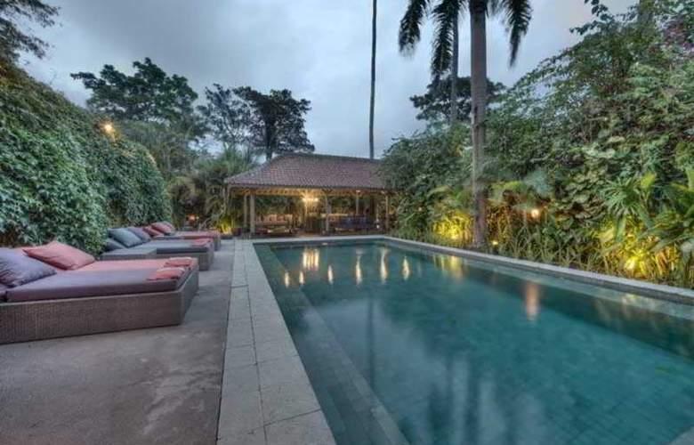 Villa Balquisse - Pool - 6
