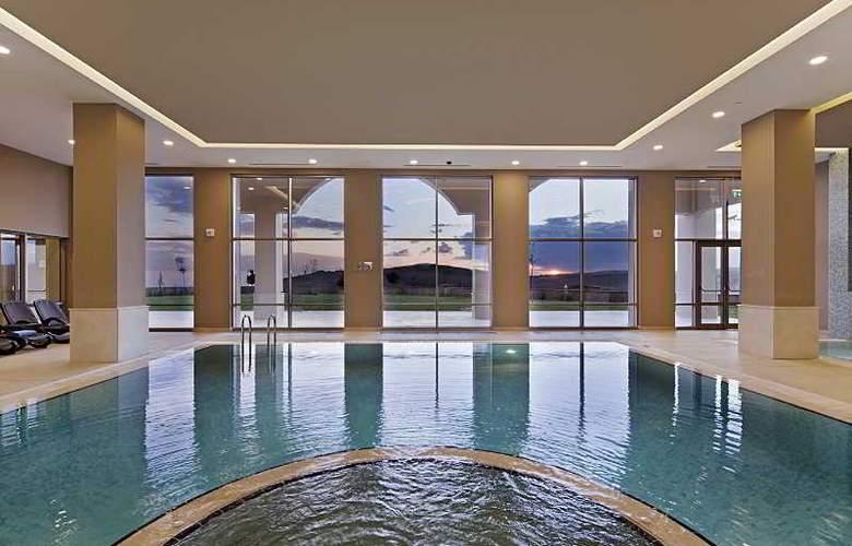 Hilton Garden Inn Mardin - Pool - 10