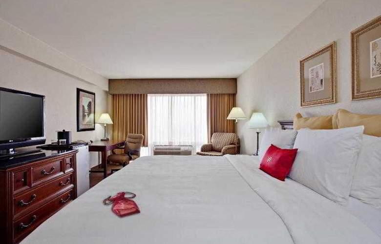 Beverly Hills Marriott - Room - 29
