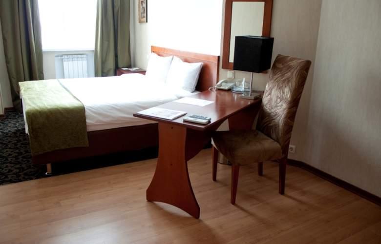 Benefit Plaza - Room - 2