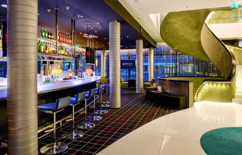 Radisson Blu Hamburg - Bar - 13