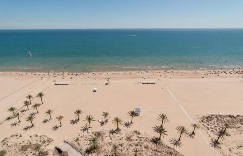 Los Robles - Beach - 5