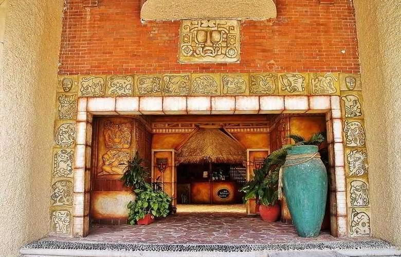 Hotel & Spa Xbalamque Cancún Centro - Hotel - 15