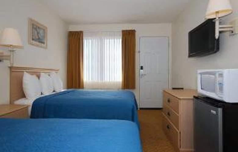 Quality Inn Pismo Beach - Room - 4