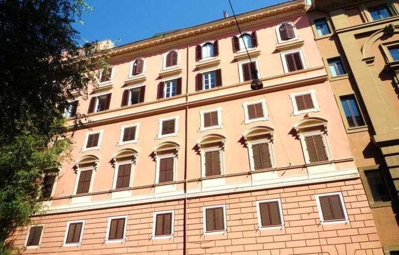 Ludovisi Luxury Rooms - General - 1