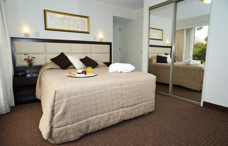 Roosevelt Hotel & Suites - Room - 2