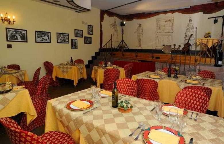 Grand Hotel Europa - Restaurant - 9